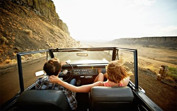 Use our travel checklist for an awesome road trip